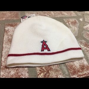 Angels beenie hat womens new with tags